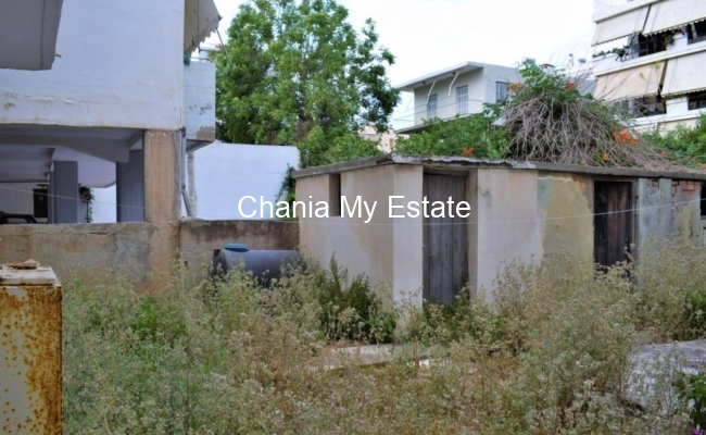 Yard, Apartment for sale in Chania, Crete